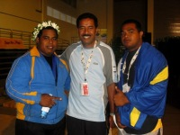 Super heavyweights Dwarf the Tongan.