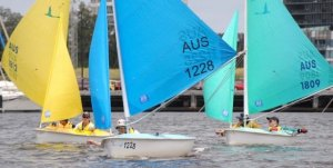 Christine Elliot leads downwind - Short Course Action December 2011